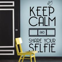 Vinile decorativo mantenere calma e Share Your Selfie