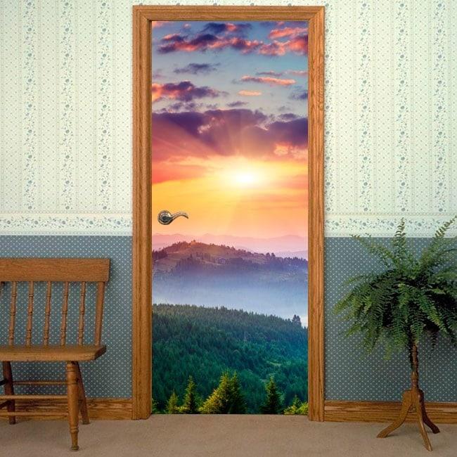 Vinile decorativo porte tramonto in montagna