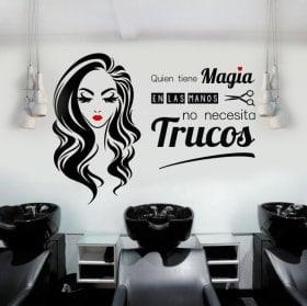 Vinili saloni di bellezza e parrucchieri che hanno la magia