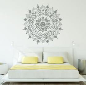 Vinili mandala decorare pareti e cristalli