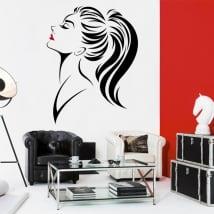 Vinili muri e finestre silhouette di donna