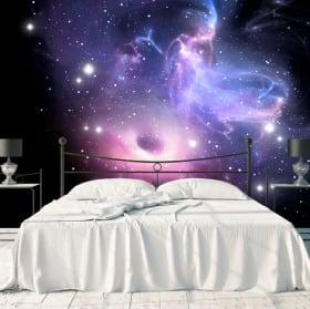 Murales buco nero e nebulosa con stelle
