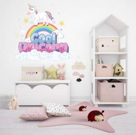 Vinile e adesivi unicorno sull'arcobaleno