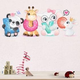 Vinile e adesivi murali gli animali love